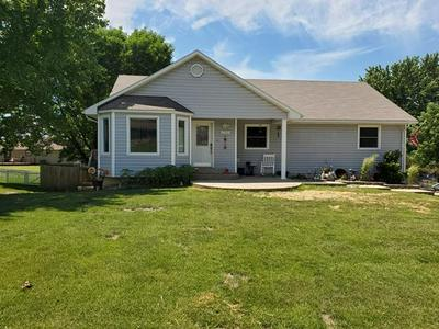 2502 COUNTRY CLUB DR, Chillicothe, MO 64601 - Photo 1