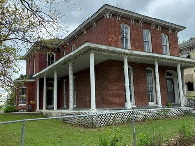 1320 MAIN ST, Unionville, MO 63565 - Photo 1
