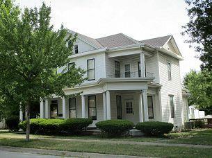 422 LINN ST, Brookfield, MO 64628 - Photo 1