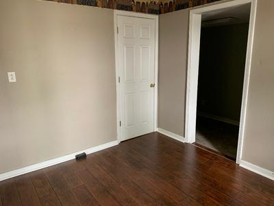 1021 1ST ST, Chillicothe, MO 64601 - Photo 2