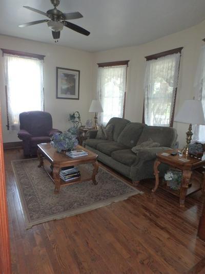 404 W LAFAYETTE ST, Edina, MO 63537 - Photo 2