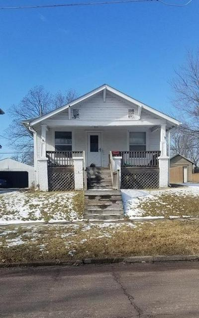 910 VINE ST, Chillicothe, MO 64601 - Photo 1