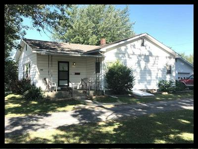 211 PACE ST, Macon, MO 63552 - Photo 1