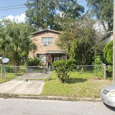 2149 WOODSIDE ST, JACKSONVILLE, FL 32209 - Photo 1