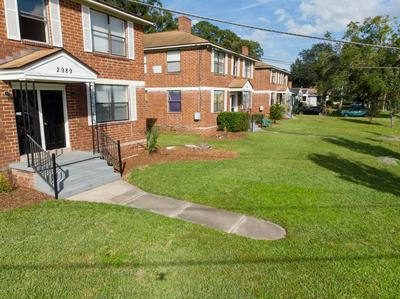 2983 DOWNING ST, JACKSONVILLE, FL 32205 - Photo 2
