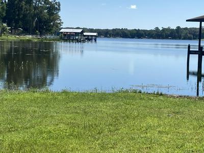 700 LAKE SHORE TER, INTERLACHEN, FL 32148 - Photo 1