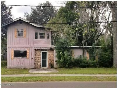 326 CAHOON RD S, JACKSONVILLE, FL 32220 - Photo 1