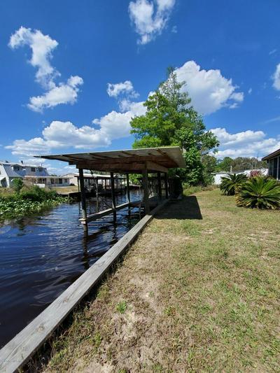 137 CREEKSIDE RD, SATSUMA, FL 32189 - Photo 2