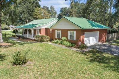 323 NW FOREST MEADOWS AVE, LAKE CITY, FL 32055 - Photo 2