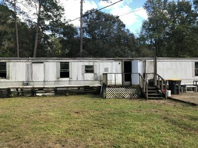 43 HUTCHINSON RD, JACKSONVILLE, FL 32220 - Photo 1