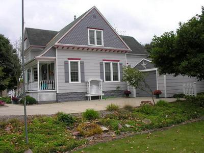 803 N 10TH ST, Osage, IA 50461 - Photo 2