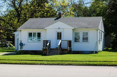606 S MONROE ST, Wellsburg, IA 50680 - Photo 2