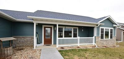 224 FAIRVIEW DR, MANCHESTER, IA 52057 - Photo 2