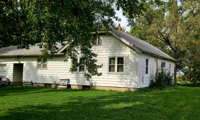 1989 LEE AVE, Independence, IA 50644 - Photo 1