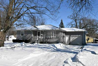 414 7TH AVE NW, INDEPENDENCE, IA 50644 - Photo 2