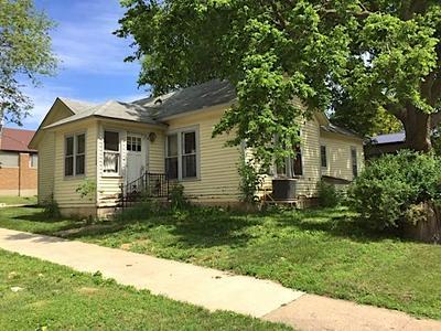 112 N 4TH ST, Greene, IA 50636 - Photo 2