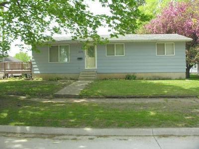 301 S 2ND ST, Osage, IA 50461 - Photo 1