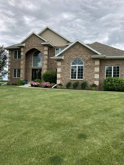 222 COUNTRY HEIGHTS DR, Sumner, IA 50674 - Photo 1