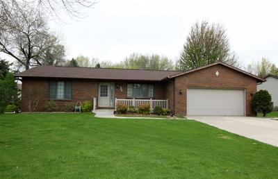 617 TANGLEWOOD DR, MANCHESTER, IA 52057 - Photo 1