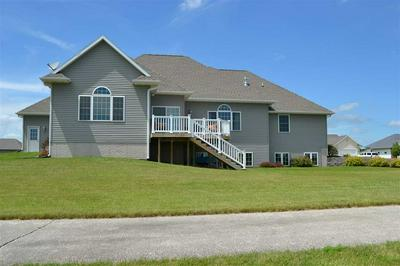 703 PINE DR SW, INDEPENDENCE, IA 50644 - Photo 2