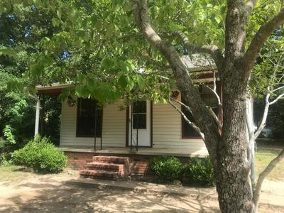 124 HIGHLAND AVE, ABERDEEN, MS 39730 - Photo 1