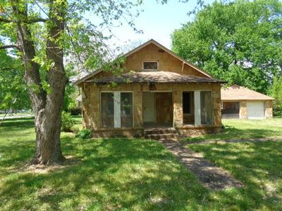 505 SW 2ND ST, Afton, OK 74331 - Photo 1