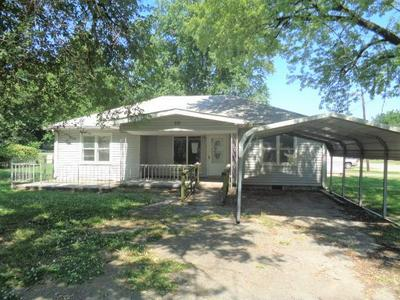 219 N GUNTER ST, Vinita, OK 74301 - Photo 1