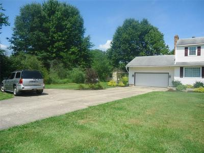 4700 HEWITT GIFFORD RD SW, Leavittsburg, OH 44481 - Photo 2