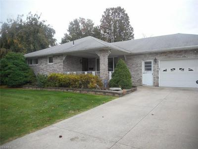 671 ROBINSON RD, Campbell, OH 44405 - Photo 1