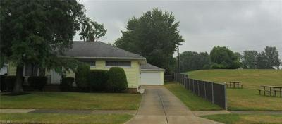 10911 AARON DR, Parma, OH 44130 - Photo 2