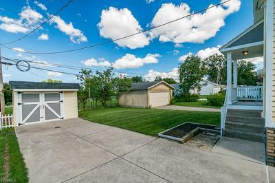 6806 RIDGEWOOD AVE, Parma, OH 44129 - Photo 2