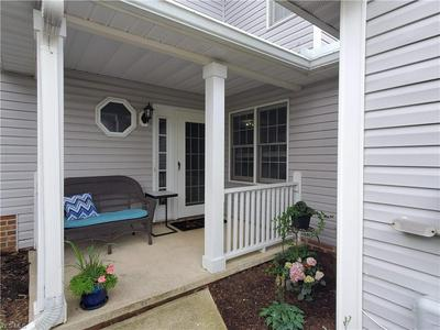 1860 HICKORY LN # 25, Broadview Heights, OH 44147 - Photo 2