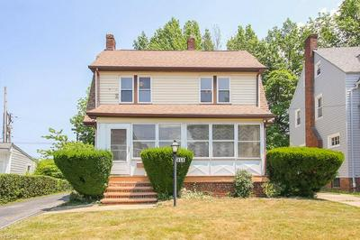 859 SELWYN RD, Cleveland Heights, OH 44112 - Photo 2