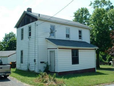 647 SYME ST, Masury, OH 44438 - Photo 1