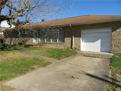 245 S MARIETTA ST, St. Clairsville, OH 43950 - Photo 2