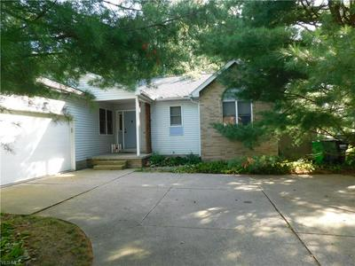 1579 BRENTWOOD DR, Wooster, OH 44691 - Photo 2