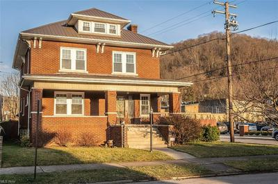 27 LYNWOOD AVE, Wheeling, WV 26003 - Photo 2