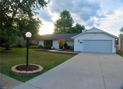 10834 FENCE ROW DR, Strongsville, OH 44149 - Photo 2