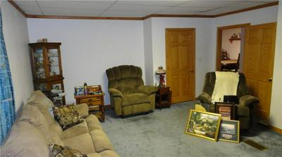 1000 WASHINGTON ST, Newell, WV 26050 - Photo 2