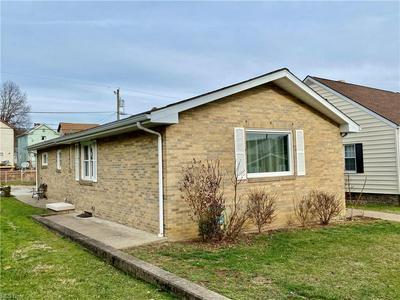 431 W 43RD ST, Shadyside, OH 43947 - Photo 2