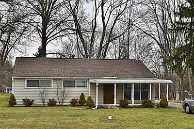9927 CRESTWOOD DR, TWINSBURG, OH 44087 - Photo 2