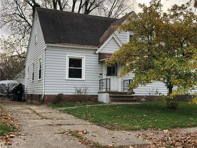 13605 TYLER AVE, Cleveland, OH 44111 - Photo 2