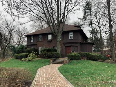 2565 NORFOLK RD, CLEVELAND HEIGHTS, OH 44106 - Photo 1