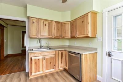 826 JENNINGS AVE, Salem, OH 44460 - Photo 2