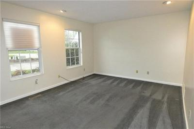 10281 ORCHARD HILL LN, Twinsburg, OH 44087 - Photo 2