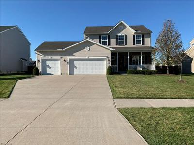 9038 FRANKLIN DR, North Ridgeville, OH 44039 - Photo 1