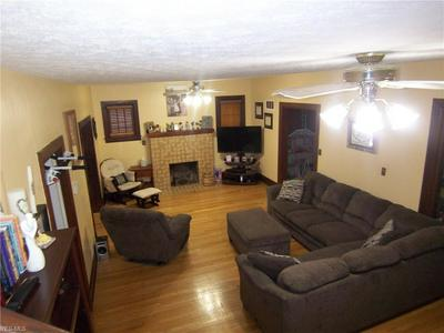 1902 7TH ST, Parkersburg, WV 26101 - Photo 2