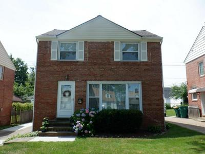 21606 HILLGROVE AVE, Maple Heights, OH 44137 - Photo 1