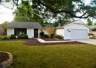 10834 FENCE ROW DR, Strongsville, OH 44149 - Photo 1