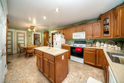 407 VALLEY ST, Minerva, OH 44657 - Photo 2
